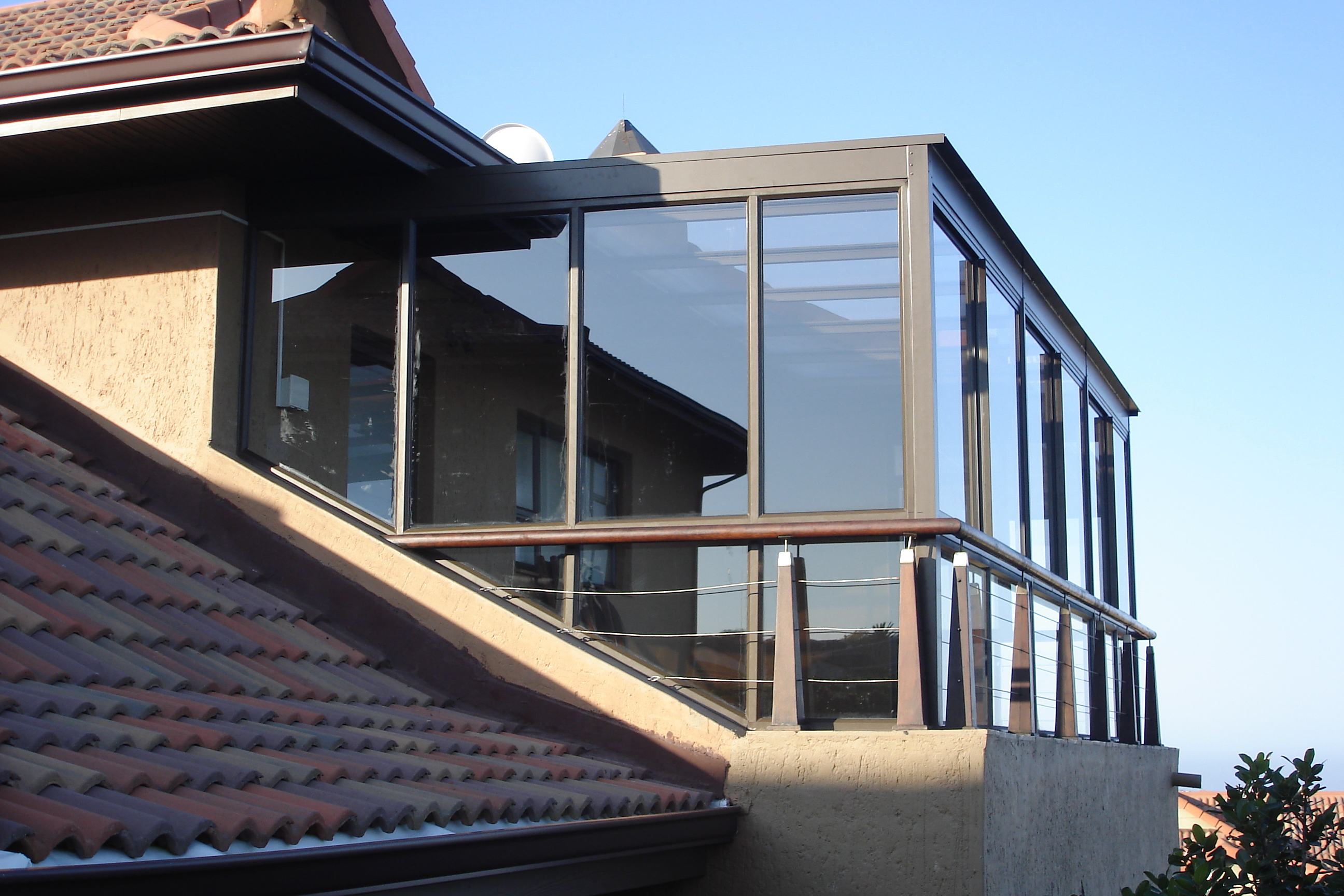 Glass and Aluminium-ALLPORT